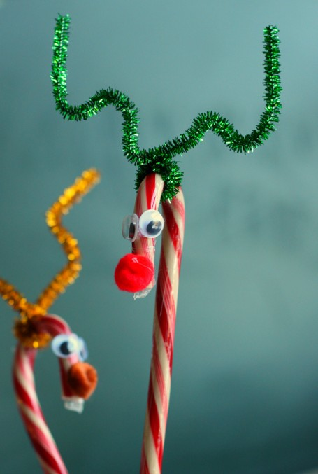 candy cane reindeer craft for kids now dye free