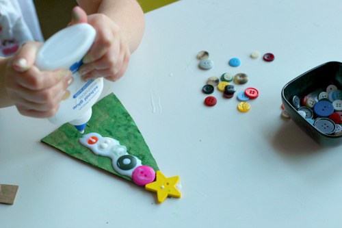 cardboard and button tree craft for christmas 2