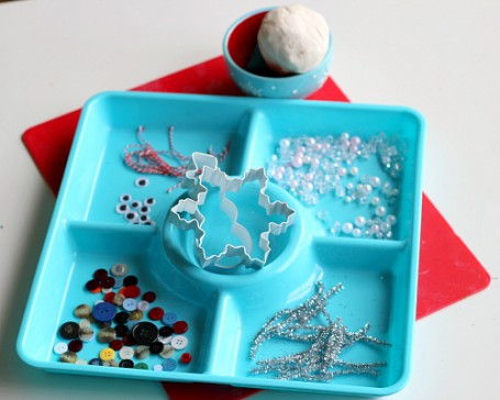 winter play dough creation station