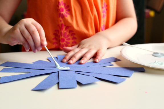 q-tip painted snowflake craft for preK