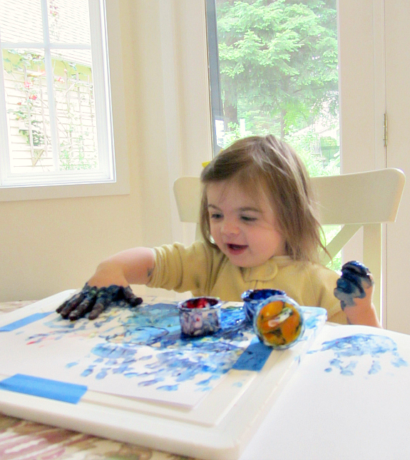 9 tips for finger painting with your toddler no time for for Paintings of toddlers