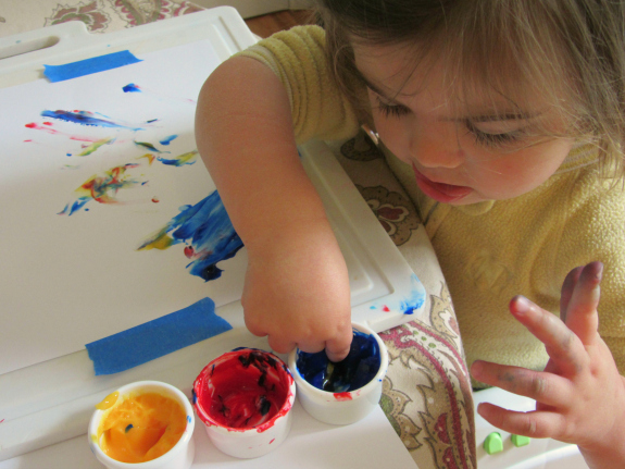 toddler finger painting tips to avoid mess