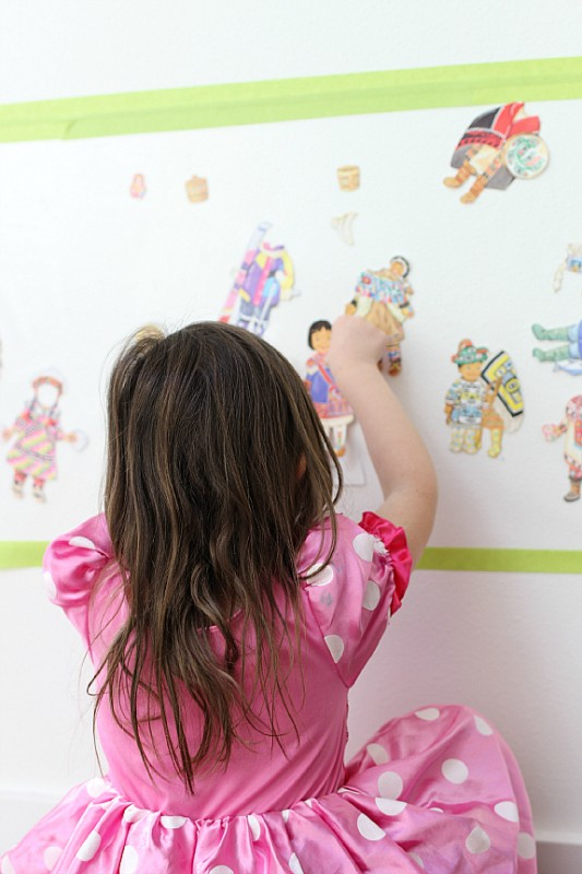 paper doll wall playing
