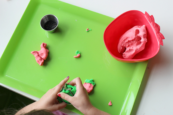 Strawberry playdough for kids