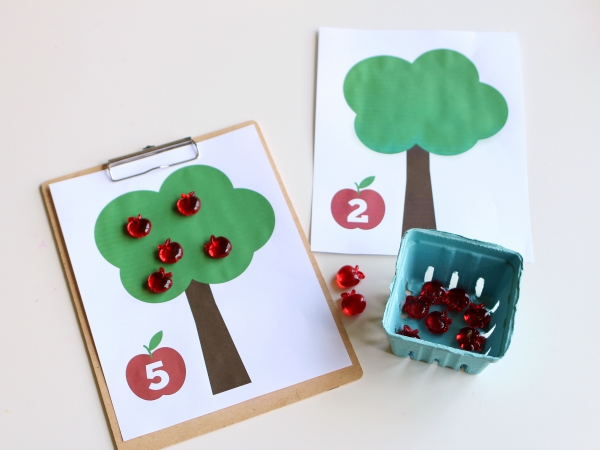 apple tree FREE printables for math no time for flash cards