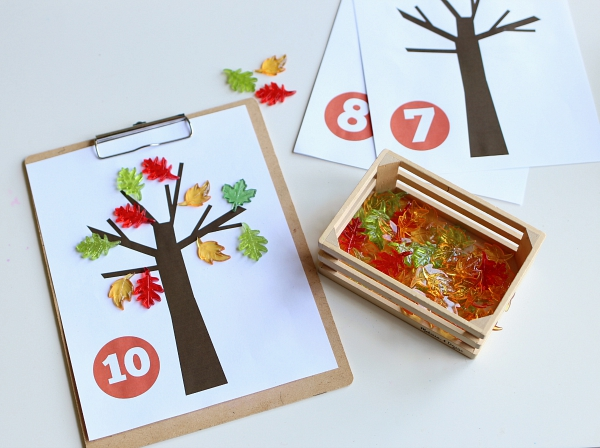 fall leaves math mat for kids