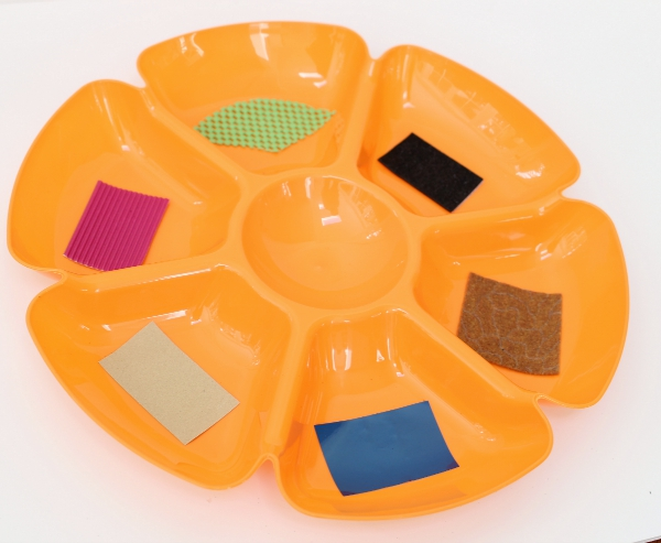 texture tray preschool five sense activity