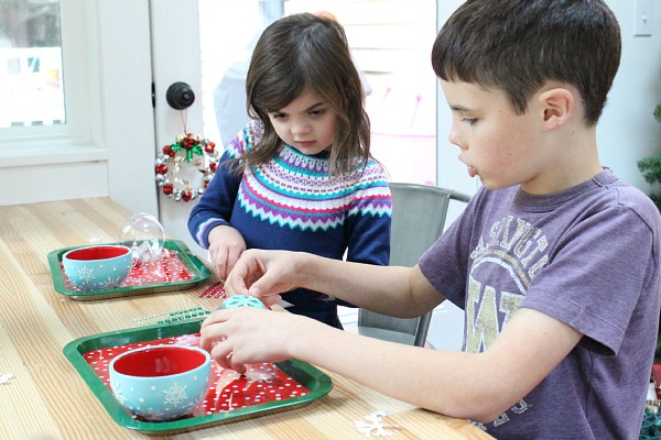 easy ornament craft for after school
