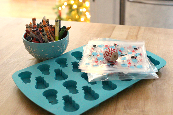 DIY Snowman Crayons - Great Class Holiday Gifts - No Time For ...