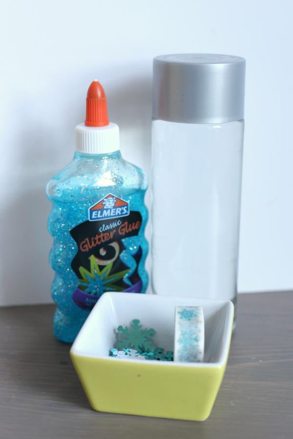 sensory bottles for preschool blizzard in a bottle simple winter sensory bottle no 706