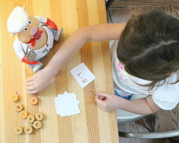 pop the pig subtraction game