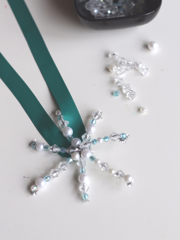 how-to-make-a-beaded-snowflake-window-ornaments