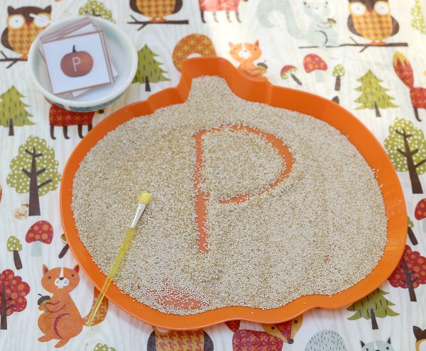 thanksgiving-fall-sensory-writing-tray-for-kids