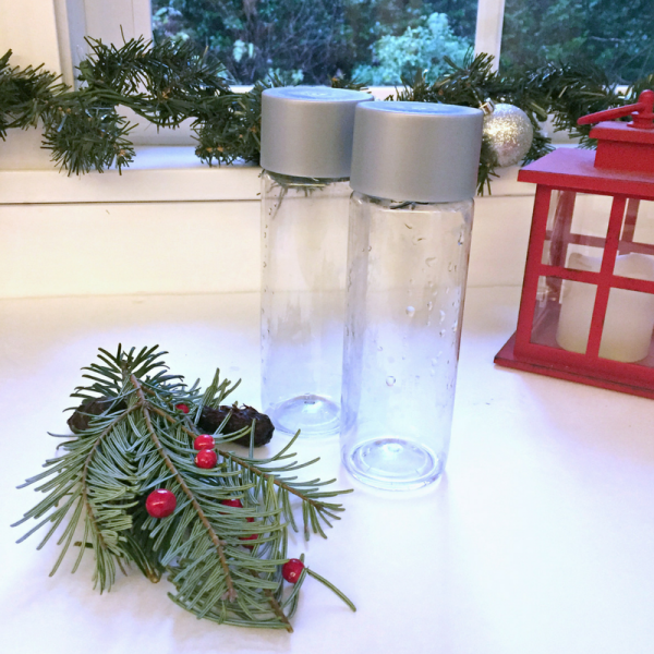 christmas-tree-sensory-bottle-for-preschool-science-1