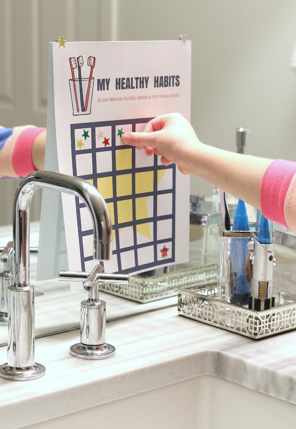 healthy-habits-teaching-kids-to-brush-their-teeth