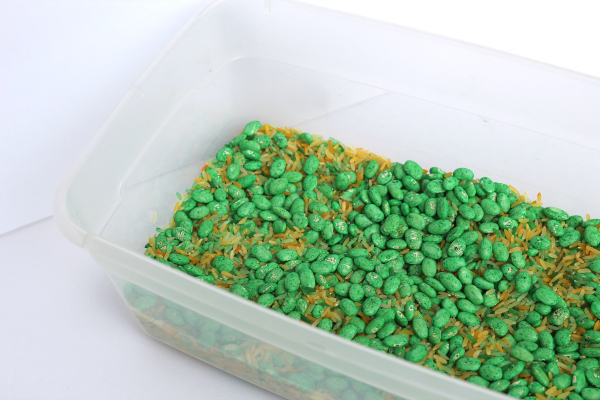 St. Patrick's Day simple Sensory Bin