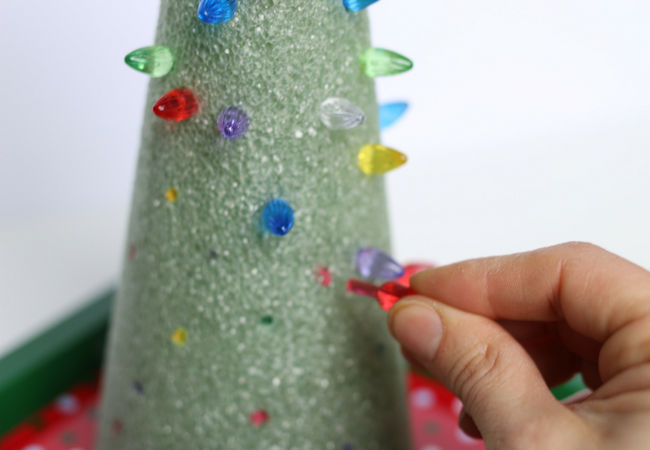 Fine Motor Light the Christmas Tree Fine Motor Activity for Free Choice (1)