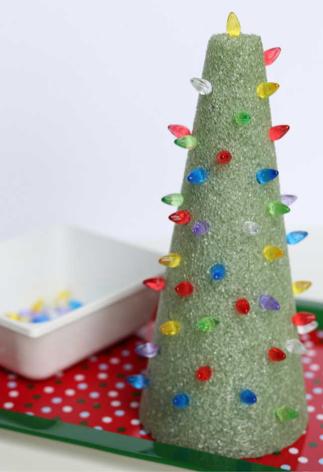 Fine Motor Light the Christmas Tree Fine Motor Activity for Free Choice (5)